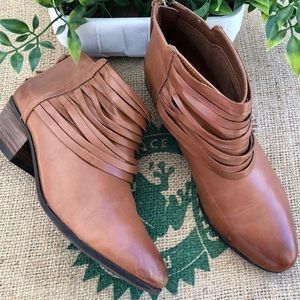Clark's Soft Ankle Boot Size 7